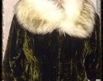 Black-tipped Cream Arctic Fox Faux Fur Collar