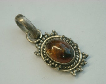 sterling silver amber pendant  ( D 14 )