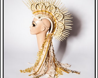 Creamalicious … Mohawk in Cream and Gold With Deconstructed Ruffles Headdress