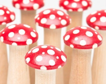Mushroom Bowling Game - Kinoko Redcaps - Woodland Inspired Bowling Set - MADE TO ORDER