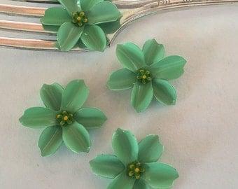 4 vintage enamel green flowers, 30mm, yellow /green centers