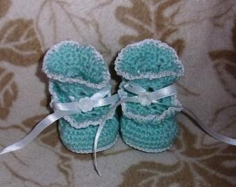 Handmade, crocheted baby booties-Mint green-0-3 months