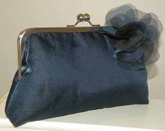 Silk Organza/Dupioni Clutch/Purse/Bag..Pull Thru Wrap/Shawl/Hands Free style..Bridal/Wedding..Evening..Gift..Navy/Black/Ivory Silk Organza