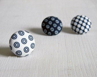 Lapel pin. Mens lapel button pin. Round boutonniere. Blue, white. Geometric buttonhole.