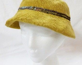 Vintage ladies bucket hat carson pirie scott mustered color wool faux fur 1950