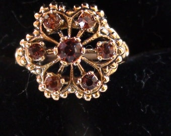 January Birthstone C 1970 Vintage Faux Garnet Cluster Ring In 18kt Yellow Gold HGE signed Size 7 made by Vargas Company