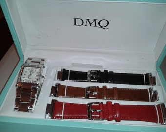 Watch - DMQ with 4 band set