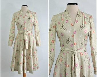 70s Vintage Atomic Print Dress with Full Circle Skirt  medium