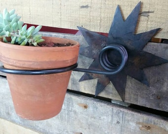 Star Contemporary Industrial Rustic Metal Wall Mount Planter Holder