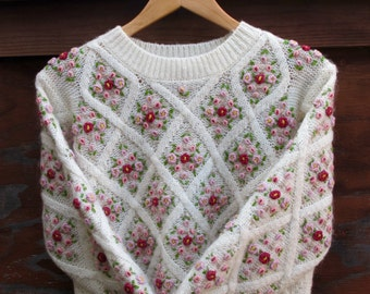 Vintage the Limited Sweater Embroidered, Fuzzy Ivory Hand Stitched Jumper, Embroidered Pink Rose Green Wool Flowers Womens Small Petite
