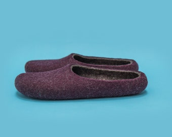 "Smoky Purple"" Hand felted wool slippers by Onstail"