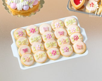 MTO-Presentation of Pink-Themed Iced Butter Cookies - Miniature Food in 12th Scale for Dollhouse