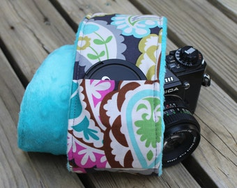 Monogramming included Wide Camera Strap for DSL camera Navy, Fushia, andnTurquoise Paisley with Turquoise Minky Reverse and lens cap pocket