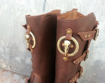 Primitive Oiled Brown Leather Peaked Spats with Brass Raven Skull & Antiqued Embossed Ring