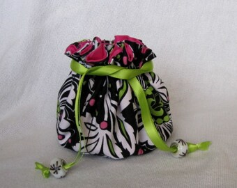 Fabric Jewelry Pouch - Medium Size - Drawstring Bag - Jewelry Tote - FLORAL KIWI