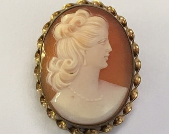 Vintage Victorian Revival Natural Shell Cameo Woman GF Pin Pendant