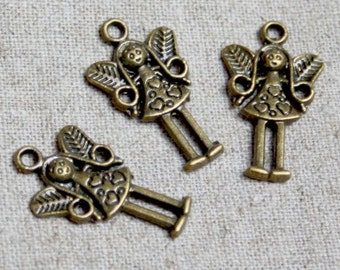 free UK postage - Pack of 10 – Antique Bronze Little Angel Charm