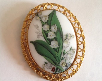 Lily of the Valley Ceramic Brooch in Excellent Vintage Condition