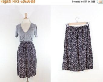 ON SALE Vintage Black Floral Skirt