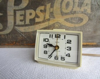 Vintage Retro Westclox Alarm Clock Dialite Drowse Electric Clock