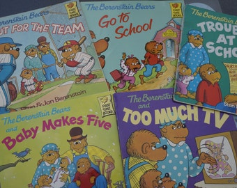 Lot of 5- The Berenstain Bears Books- Stan & Jan Berenstain- Classics!
