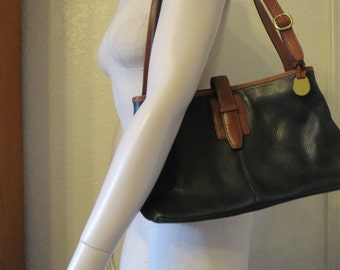 vintage Leather Co. Saddle Tan and Black Leather Tote with Shoulder Straps