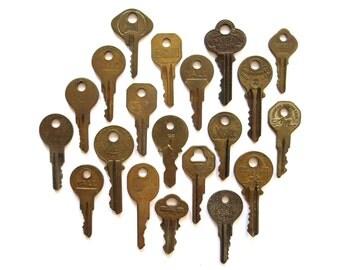 20 vintage keys, old keys, antique keys, rustic, primitive keys, numbers and writing, house keys, used keys, interesting keys, neat, A1, 1