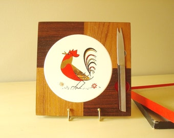 Cheese board, mid-century ceramic rooster cheese tile, wood frame, stainless steel cheese knife, vintage rooster trivet, swanky entertaining
