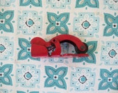 ADORABLE Vintage Red Metal Clip for Wall