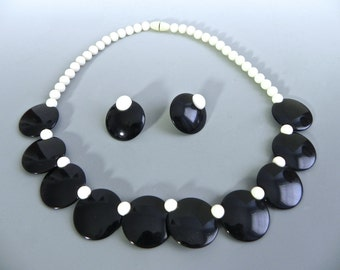 Vintage 40s style Necklace and Earring set , Black and White Dot 1950s Thermoset Demi Parure