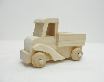 Small wooden truck DIY paint your own