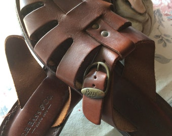 Vintage 80s GH Bass Ladies Leather Buckle Detail Summer Sandals Size 8.5