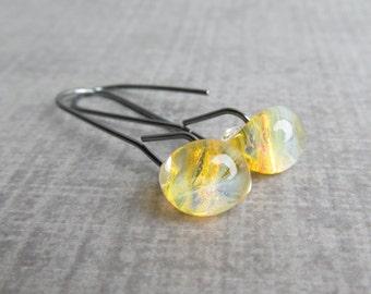 Modern Honey Yellow Dangles, Minimalist Yellow Earrings, Lampwork Dangle Earrings, Modern Wire Earrings, Oxidized Sterling Silver Earrings