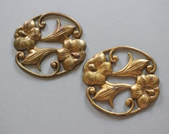 Oxidized Brass Oval Floral Stampings