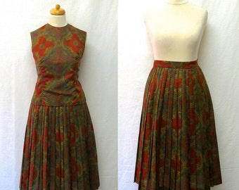 1960s Vintage Sue Brett Top & Skirt / Floral Tribal Sleeveless Top and Pleated Skirt