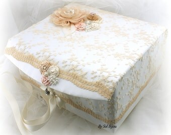 Wedding Keepsake Box, Blush, Champagne, Gold, Ivory, Elegant Wedding, Lace Box, Memory Box, Vintage Style, Baby, Pearls, Crystals, Brooch