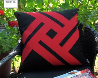 Red & Black Sunbrella Outdoor Pillow Cover, Decorative Throw Pillow Case, Modern Geometric Outdoor Pillow Cushion Cover, Pinwheel, Mazizmuse