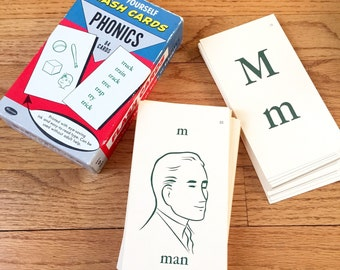 Vintage 1960s Flashcards / Whitman Phonics 84 Flash Cards Box Set 1960 Like-New Complete / Includes Game Instructions