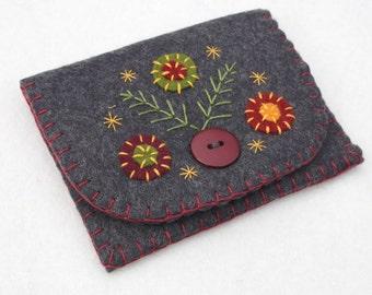 Felt coin purse. Handmade coin purse, Charcoal grey felt purse, Flower purse, Embroidered purse, Handmade felt purse, Grey coin purse