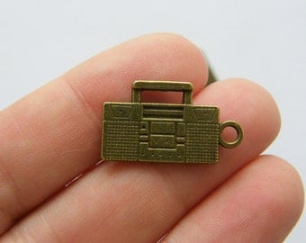 6 Radio charms antique bronze tone BC144