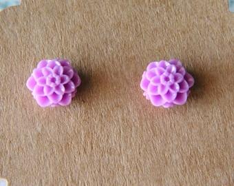 Handmade Spring Mum Flower Stud Earrings 10mm