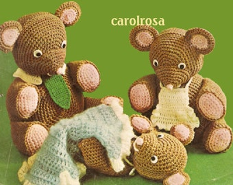 Crochet Pattern to make Mama, Papa, Baby Bear and Blanket - vintage pattern PDF download