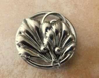 Silver tone brooch/Art Nouveau style broochVintage Silver Pin
