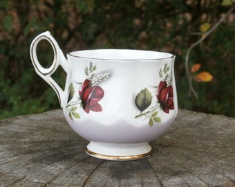 Cup by Elizabethan Fine Bone China, Made in England Rose and Wheat Pattern, Teacup