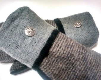 Gray Patterns, Medium, Etsy mittens, recycled sweaters, women's mittens, fleece lined mittens, etsy sweater mittens