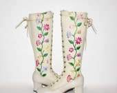 Vintage EMBROIDERED BOOTS Lace Up Cream Canvas Vinyl Gogo 6.5