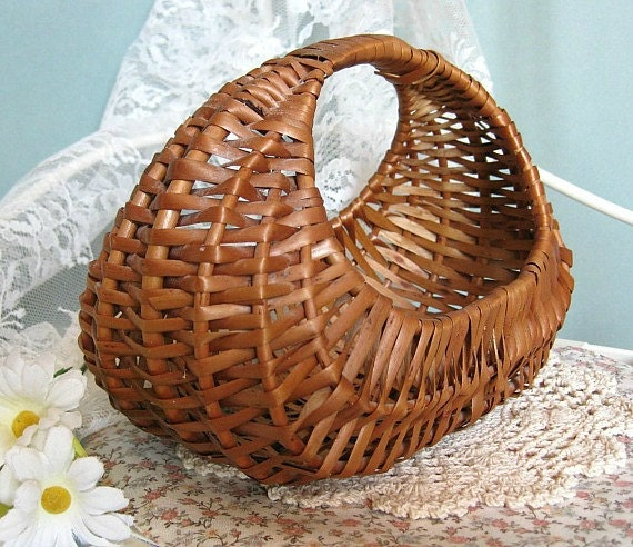 Woven Disc Basket : Woven wicker basket flower french country brown