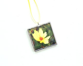 Coreopsis flower ornament, picture ornament, stained glass, summer mini wall art, yellow flower, Mothers day gift under 20, gardener gift