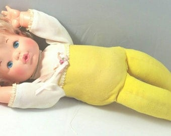 Wake Up Thumbelina Ideal Doll 1976