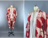 Vintage 1930s Silk Kimono Robe / 30s Dressing Gown / Downton Abbey Art Deco / Japanese Juban / Red Pink Floral Zinnia Waves / XS Extra Small